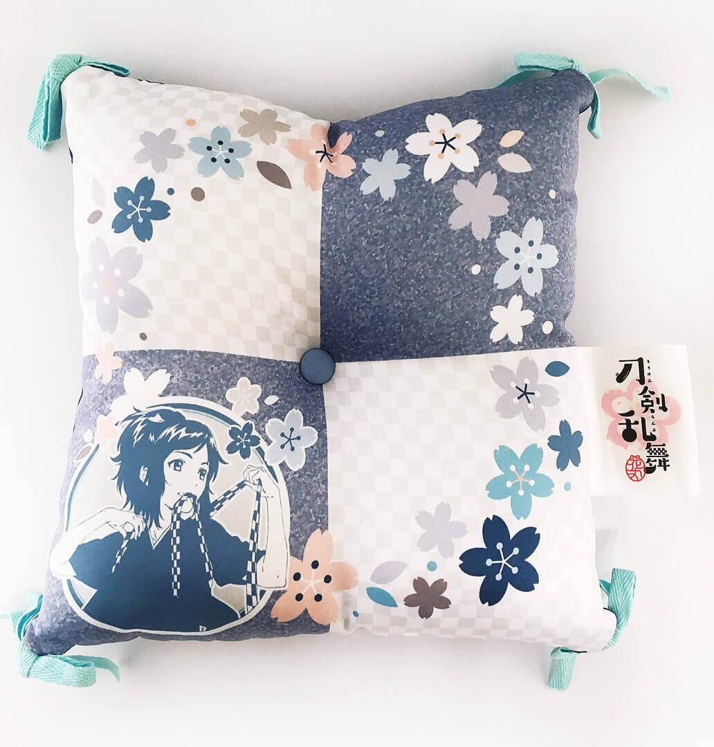 Touken Ranbu Hanamaru – Cushion A_1